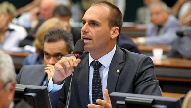 Photo of #Brasil: Denúncia da PGR detalha ameaça de deputado Eduardo Bolsonaro a jornalista