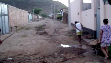 Photo of Chapada: Cidadãos de Itaetê reclamam de falta de saneamento na Rua do Sapo