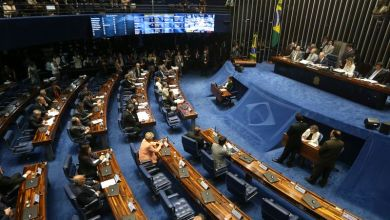Photo of Planalto prevê 60 votos a favor de julgamento de Dilma pelo Senado