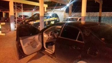 Photo of Bahia: PRF prende pai e filho com carro roubado vendido por pastor