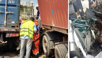 Photo of Bahia: Homem sobrevive a acidente após carreta esmagar carro; confira fotos aqui