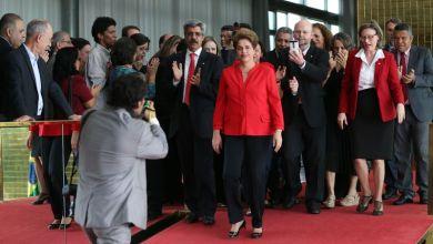 Photo of Impeachment: Depois de ser cassada, Dilma se muda para Porto Alegre ainda esta semana