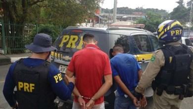 Photo of Bahia: PRF prende dupla que roubou automóvel e se acidentou na BR-324