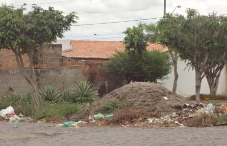 lixo-na-urbis-foto-jornal-da-chapada-5