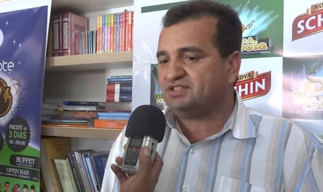 Resultado de imagem para ex-prefeito Rui Dourado Araújo, do município de João Dourado,