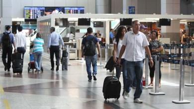 Photo of Aumento da oferta de voos fortalece turismo na Bahia durante o verão