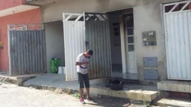 Photo of Chapada: Moradores de Jacobina apagam fogo em residência de vizinho e evitam tragédia