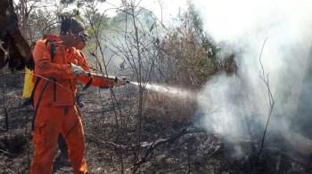 Combate ao fogo em município de Lençóis - FOTO CBMBA (6)2