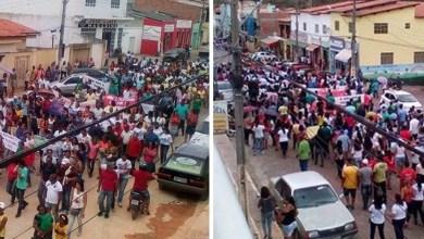 Photo of Chapada: Profissionais de Educação protestam contra a reforma da Previdência em Piatã