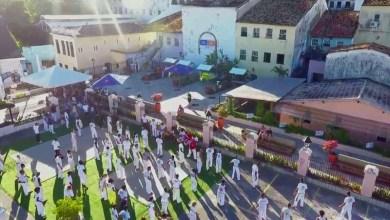Photo of #Salvador: Praça revitalizada abre espaço para capoeira e intercâmbio cultural