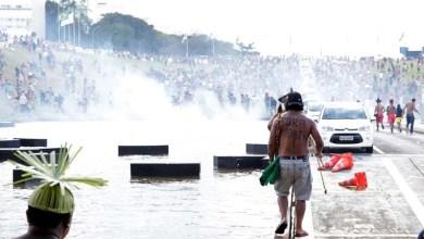 Photo of Conflito com indígenas agrava crise política em Brasília e deputado pede renúncia de Temer