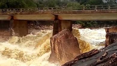 Photo of Chapada: Tromba d'água é registrada em vídeo no Rio Piaba entre Andaraí e Mucugê; confira