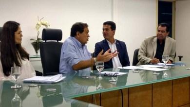 Photo of Chapada: Prefeito de Itaetê garante novo curso de ensino médio no município