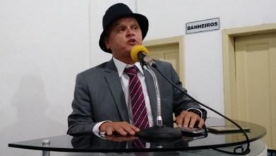 Photo of #Bahia: Rádio de Riachão do Jacuípe é invadida por prefeito durante transmissão de partida