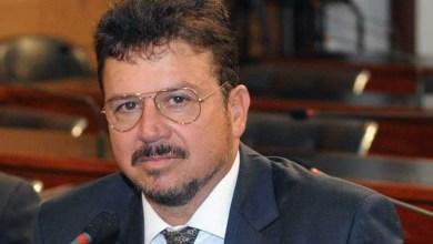 Photo of #Bahia: Justiça condena deputado Manassés por propaganda antecipada em outdoors