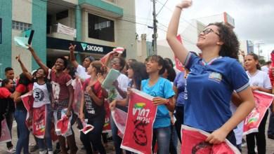 Photo of #Bahia: Manifestantes ocupam ruas de Ipirá em ato contra a prisão do ex-presidente Lula