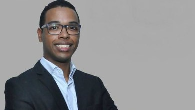 Photo of Doutor mais jovem do país é negro, filho de pedreiro e costureira, e fez parte de programas sociais