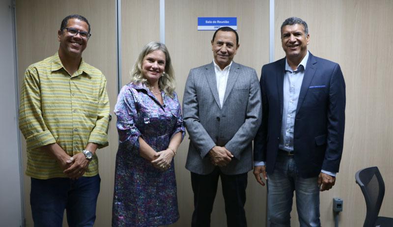 Chapada: Deputada e prefeito pedem construção de trevo no município de Palmeiras