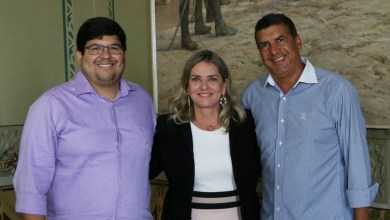 Photo of Chapada: Deputada e prefeito querem apoio da Bahiatursa para realização do São João de Palmeiras