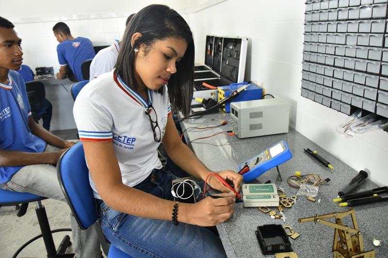 Secretaria da Educação abre matrícula do segundo semestre para 17.310 vagas de cursos técnicos de nível médio