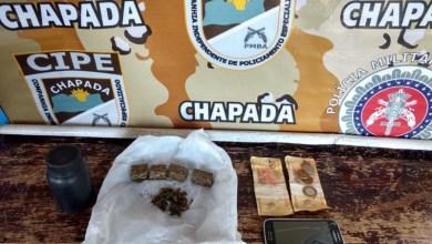 Photo of Chapada: Traficante é preso pela Cipe com drogas e dinheiro na zona rural de Itaetê