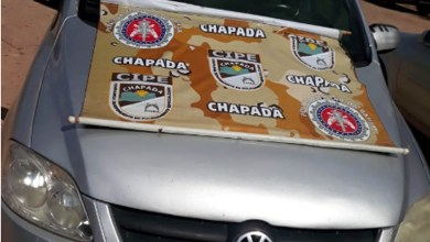Photo of Chapada: Carro roubado é recuperado pela polícia em Andaraí; motorista é levado para a delegacia
