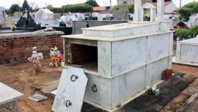 Photo of #Bahia: Cemitério amanhece com túmulos violados e situação choca moradores de Livramento