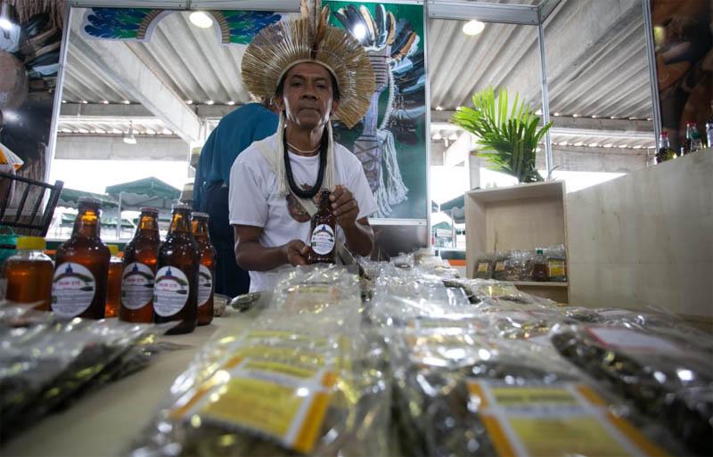 Chapada: Cerveja produzida por famílias indígenas em Utinga é destaque durante evento em Salvador