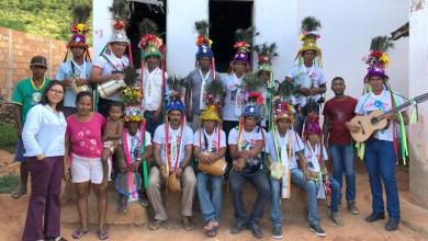 Photo of Chapada: Grupo de reisado de Itaetê segue jornada de seis dias em ritual de fé e devoção