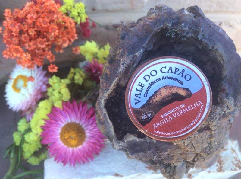 Chapada: Empresa familiar no Vale do Capão investe em cosméticos naturais como saída para crescimento financeiro