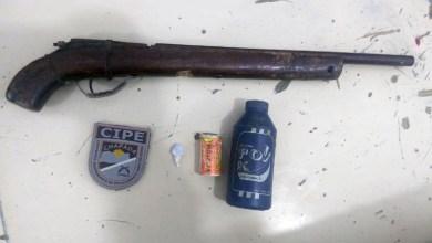 Photo of Chapada: Policiais da Cipe apreendem arma de fogo e drogas no município de Utinga