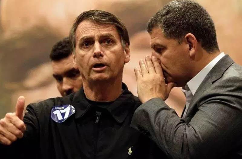 """#Polêmica: """"É uma pessoa louca, um perigo para o Brasil"""", diz Bebianno sobre Bolsonaro"""