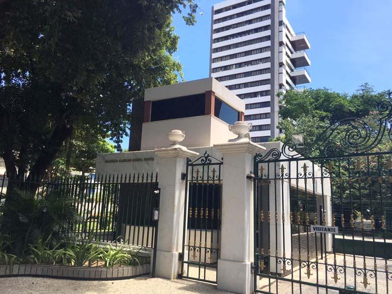 #Salvador: Elevador despenca em prédio de luxo e deixa dois homens mortos no Corredor da Vitória