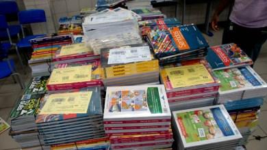 Photo of Escolas estaduais têm até o dia 22 de abril para solicitar reserva técnica de livros didáticos