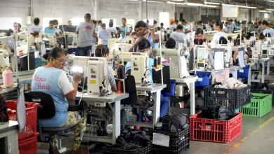 Photo of Atraídas pelo Governo do Estado, fábricas de calçados geram 31 mil empregos diretos na Bahia