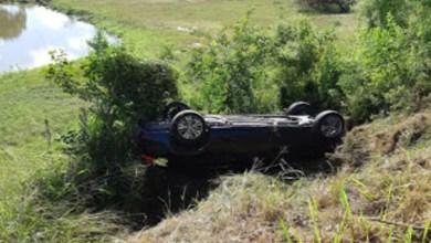 Photo of Chapada: Carro com cinco pessoas capota na 'Estrada do Feijão'; prefeito de Pintadas estava no veículo