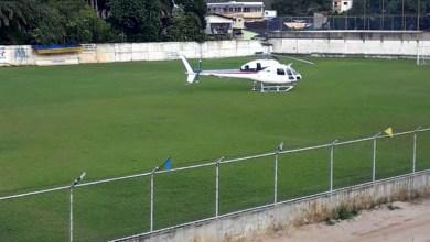 Photo of #Bahia: Helicóptero com Rui Costa faz pouso de segurança em campo de futebol de Uruçuca