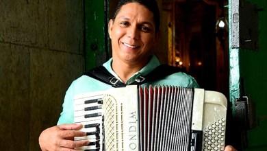 Photo of #Chapada: Targino Gondim homenageia região chapadeira em nova canção com parceria de Everaldo Soares; ouça aqui
