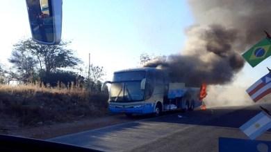 Photo of Chapada: Ônibus da Novo Horizonte que saiu de povoado em Piatã pega fogo em Minas Gerais; veja vídeos