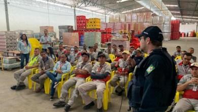 Photo of Chapada: Palestra da PRF sobre segurança no trânsito instrui funcionários de empresa em Itaberaba