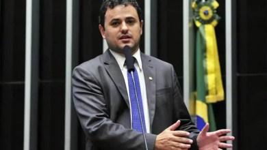 """Photo of """"Se me levarem ao conselho de ética, vou provar que Moro é ladrão"""", diz deputado Glauber Braga"""