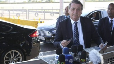 "Photo of #Brasil: Presidente Bolsonaro cita ""água de coco na veia"" na Segunda Guerra para defender cloroquina"