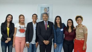 Photo of Seis estudantes baianos tomarão posse como deputados federais no Parlamento Jovem Brasileiro 2019