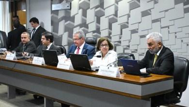 Photo of #Polêmica: CPMI das Fake News amplia debates sobre suicídio e cyberbullyng no Brasil