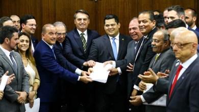 Photo of #Brasil: Veja detalhes do pacto federativo proposto pelo governo Bolsonaro que pode extinguir municípios