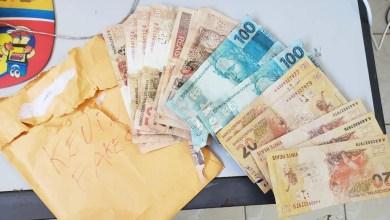 Photo of #Bahia: Homem que vendia notas falsas é preso pela polícia no município de Irecê