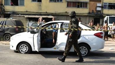 """Photo of #Polêmica: Militar afirma ter agido em """"legítima defesa"""" contra família fuzilada dentro de carro de passeio"""