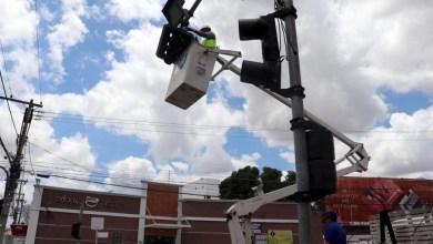 Photo of Chapada: Superintendência de trânsito de Itaberaba realiza manutenção nos equipamentos da cidade