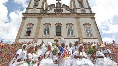 Photo of #Fotos: Lavagem do Bonfim encanta turistas que visitam Salvador; cortejo mistura manifestações artísticas, culturais e religiosas