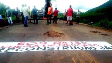 Photo of Chapada: Situação da BA-142 continua precária no trecho que liga Barra da Estiva a Ituaçu; veja vídeos